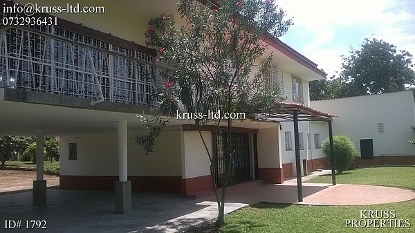 4br house own compound for rent in Old Nyali as office space