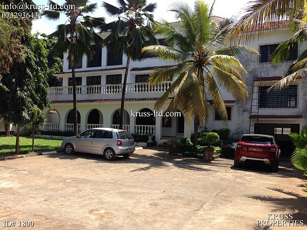 7br building suitable for hospital/school/office for sale in Nyali off Beach Road