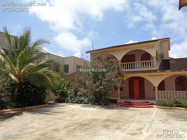5 bedroom Massionate house for rent in Nyali