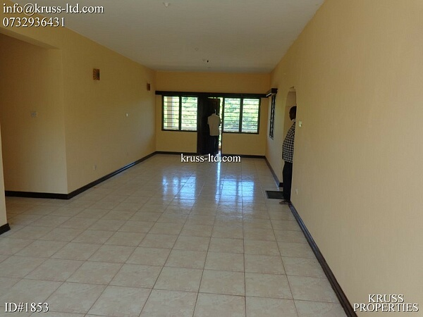 3 bedroom apartment for rent near ocean in Bamburi