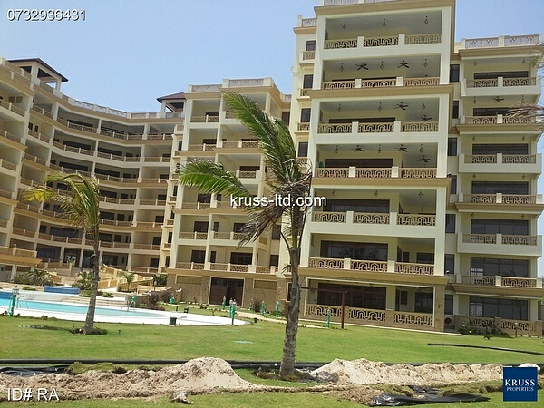4br all-ensuite beach apartment for rent in Nyali