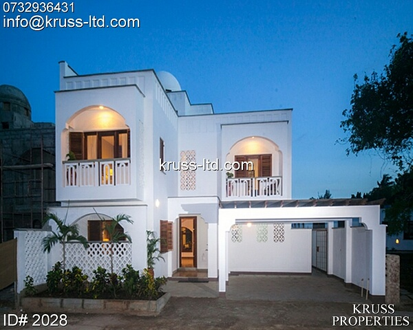 4 bedroom detached luxurious villas for sale in Nyali