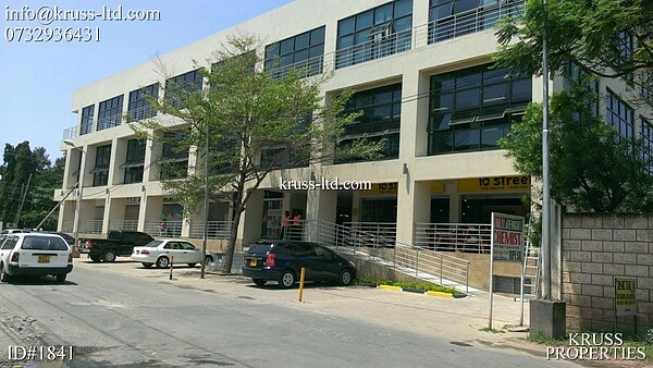 900 ft Office space available for Rent next to City Mall