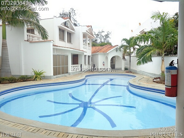 5 bedroom house for rent beind Citymall Nyali