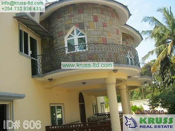 A six bedroom house on a one acre plot to let (rent) in old Nyali