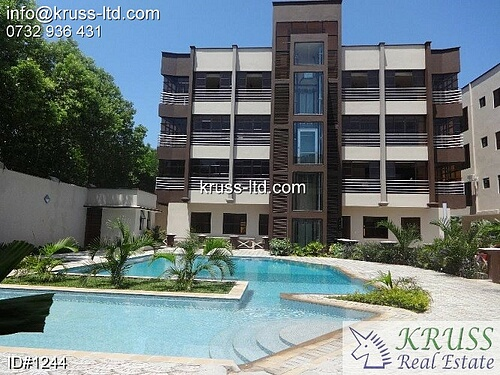 Executive modern 3 bedroom apartment with pool to let in Nyali