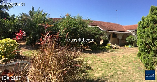 5BR HOUSE OWN COMPOUND FOR RENT IN SHANZU