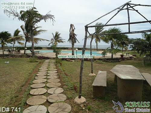 5 br ocean front house in a shared compound of 4 units for sale in Nyali