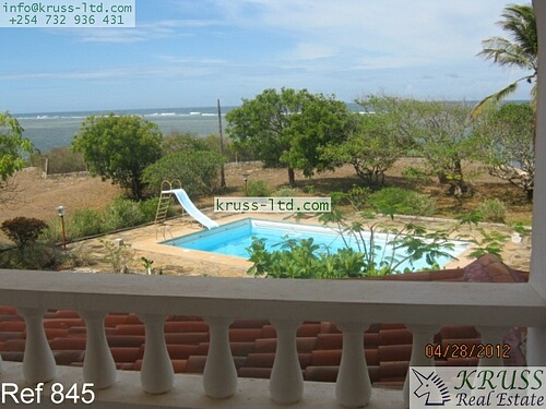 Two 4 bedroom maisonette beach houses for rent in Vipingo