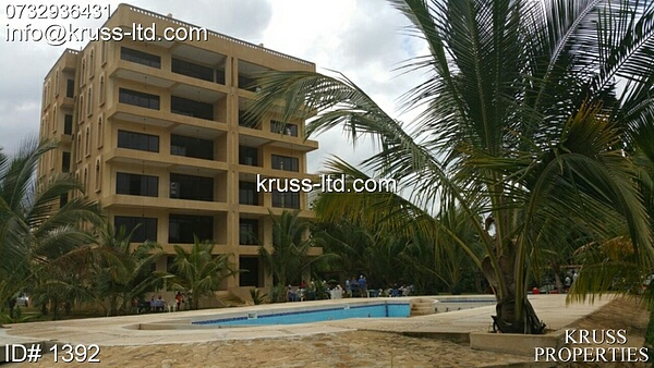 2br beach apartment for sale in Kikambala