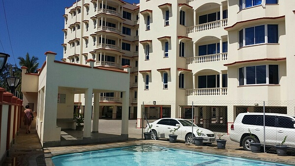 2 br fully FURNISHED apartment with ocean view for rent in Nyali
