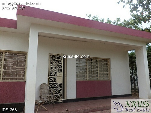 2 bedroom house own comopund for rent in Nyali