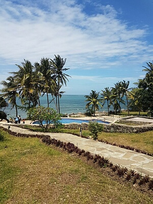 2br SeaFront villa apartments for rent