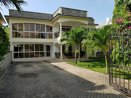 4br house with SQ for rent in Old Nyali