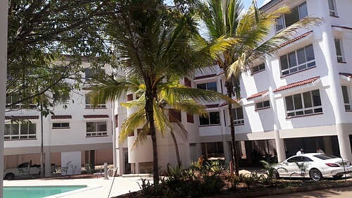 4 br newly refurbished spacious apartments for rent in Nyali