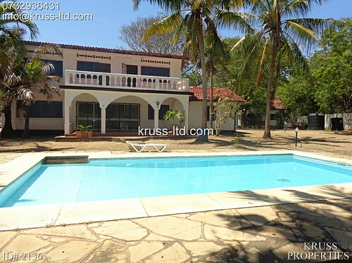 3br house with pool for rent in Nyali